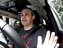 Reação espontânea durante test-drive vira campanha daVolvo