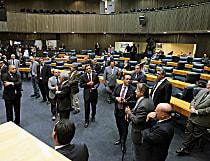 Aprovação de 13º para vereadores de SP teve gozações e aliança PT e PSDB