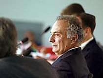 Meirelles está começando campanha muito mal, afirma líder do PSDB