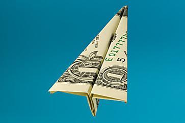 Saiba como enviar dinheiro para o exterior mais barato