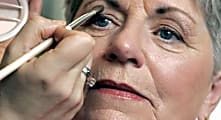 10 Makeup Routines All Older Women Should Know