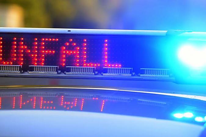 Geisterfahrer rast in Auto – Schwangere Berlinerin stirbt